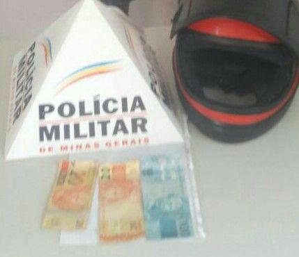#News  Homem é preso após pagar compra com dinheiro falso em Espinosa