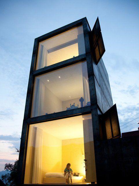 Architecture / Maiden tower