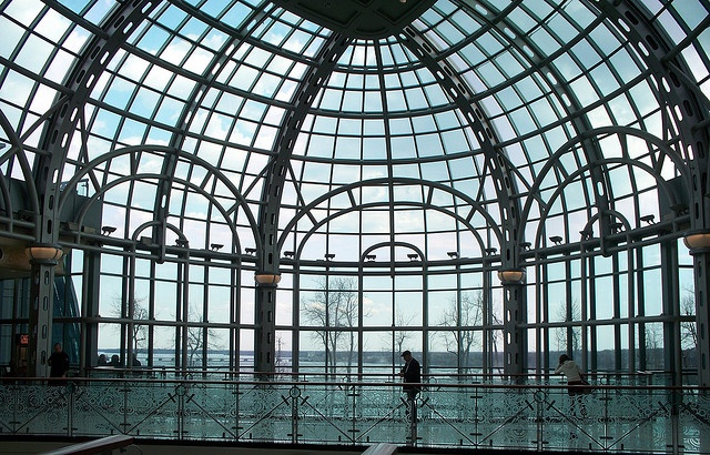 Niagara Fallsview Casino, glass dome facing the falls by Guenther Lutz, via Flickr