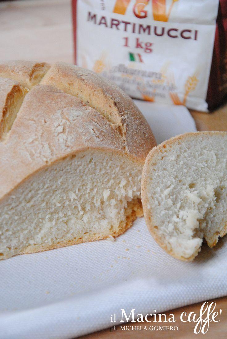 Pane di grano duro d'Altamura - Durum wheat bread of Altamura