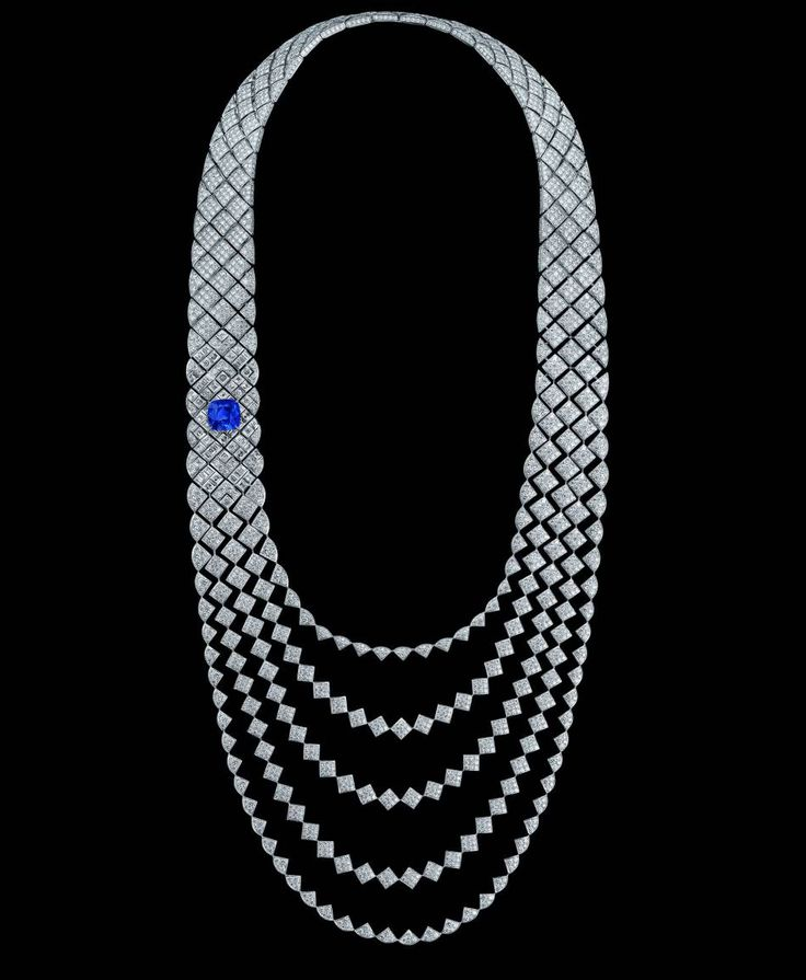 "Collier ""Signature de Saphir"" en or blanc, diamants et saphir."