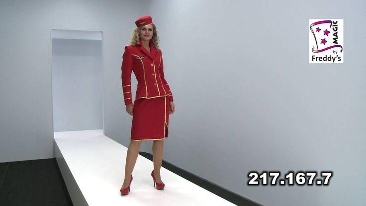 Déguisement hôtesse de l'air 1950 femme luxe http://www.baiskadreams.com/5872-deguisement-hotesse-de-l-air-1950-rouge-femme-luxe.html