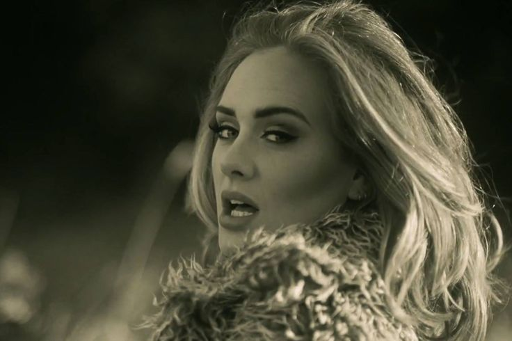 This is my favorite picture of Adele! I love her!