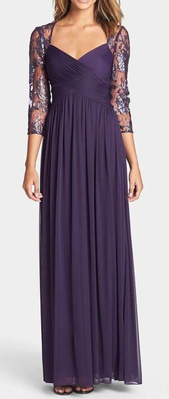 Long Elegant Purple Dress // Maid of honor dress./ For more wedding tips and ideas go to my blog. www.mrspurplerose.com