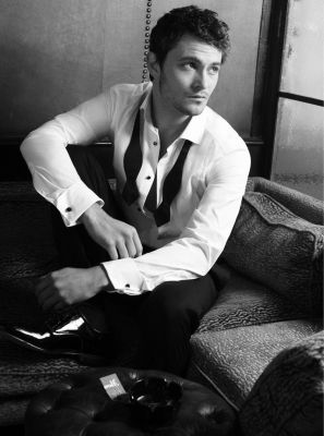 shiloh fernandez in bed - Google Search