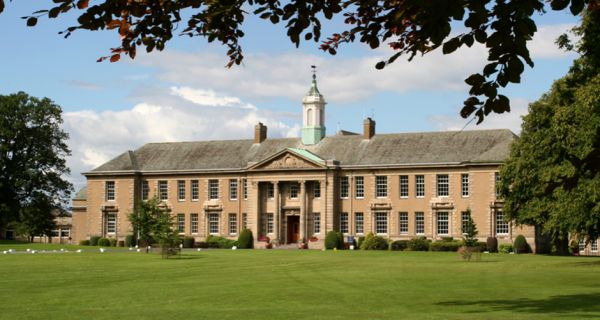 Merchiston is unique in Scotland (and, indeed, north of the Home Counties) as a boys' boarding school with day pupils within it. The School takes pride in specializing in the education of boys, with the goal to help every boy reach his full potential and leave Merchiston ready for the world, as we have for over 175 years. http://best-boarding-schools.net/school/merchiston-castle-school@-edinburgh,-uk-67