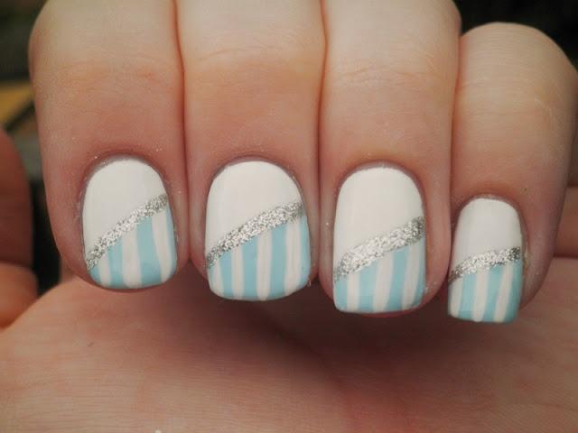 .: Baby Blue, Nails Art, Cute Nails, Nails Design, Glitter Nails, White Nails, Nails Polish, Blue Stripes, Stripes Nails