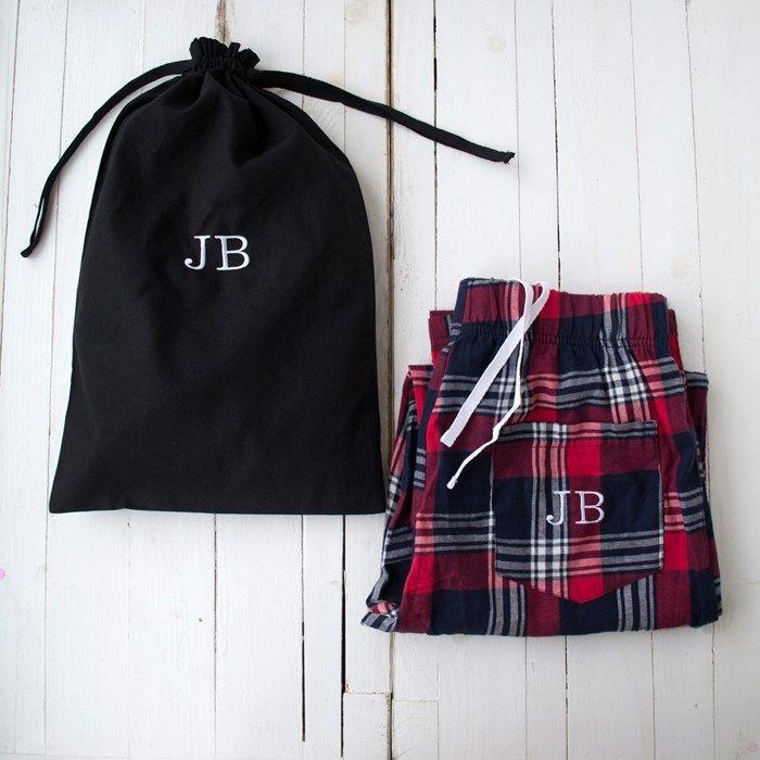 Personalised Men's Pyjama Gift Set | GettingPersonal.co.uk