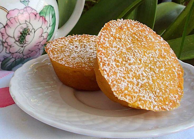 Queijadas de Grão-de-Bico - http://www.sobremesasdeportugal.pt/queijadas-de-grao-de-bico/