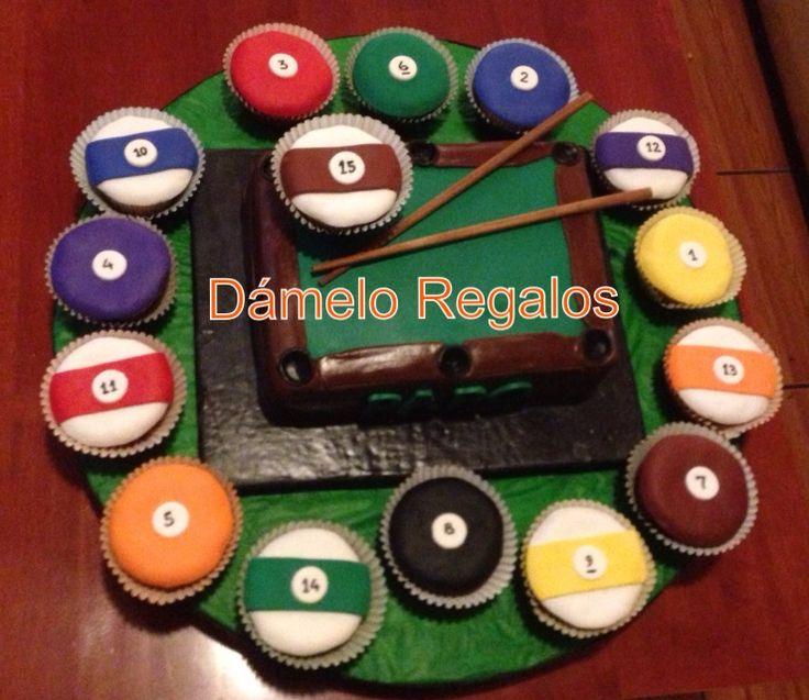 Torta de mesa de billar y cupcakes como bolas de billar. | Cakes ...
