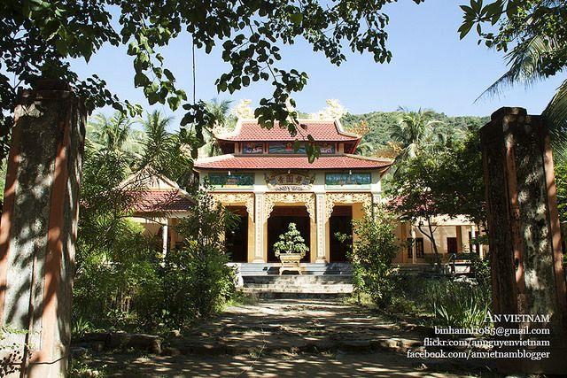 Về thăm chùa Mười Liễu Bình Định