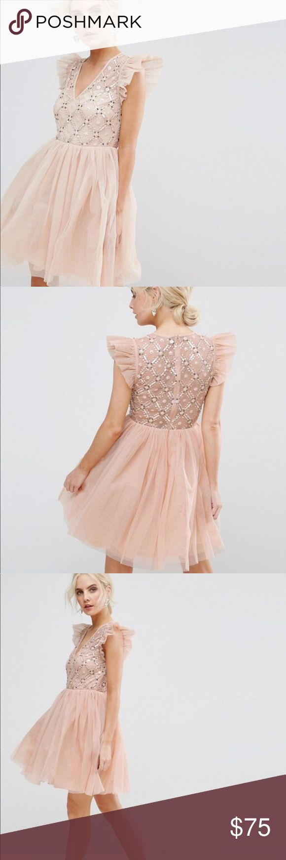 ASOS petite blush/nude dress Super beautiful and fun dress! Perfect for a bridesmaid or party. Never worn! Fits me perfect but I've found another dress to wear to my event. Size 6. Provides good stretch. ASOS Petite Dresses Wedding