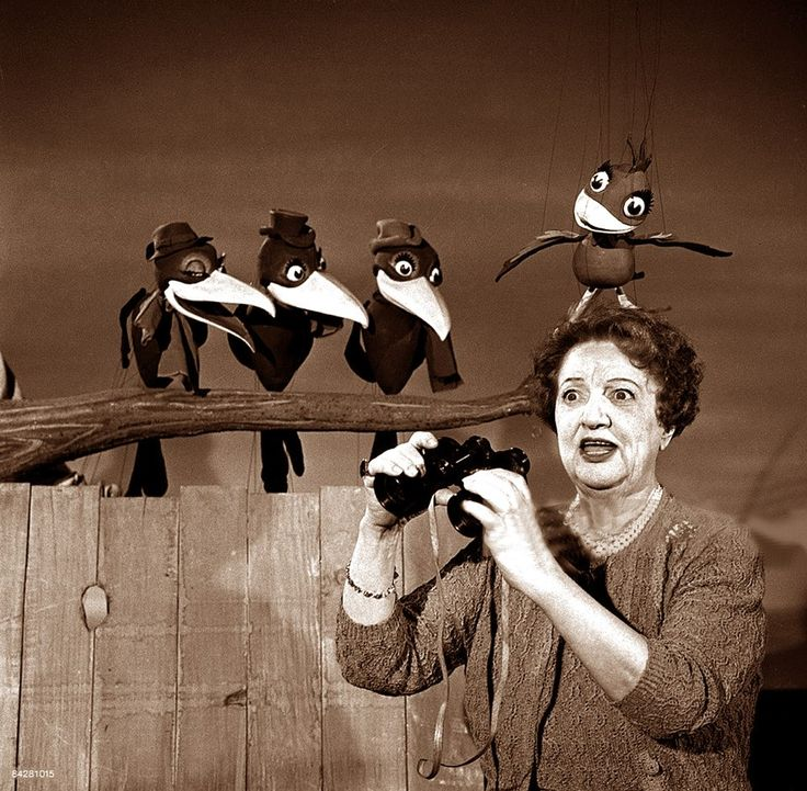 Marion Lorne with Bill Baird's crow puppets, 1954. (via http://dkwyck.tumblr.com/ NSFW)
