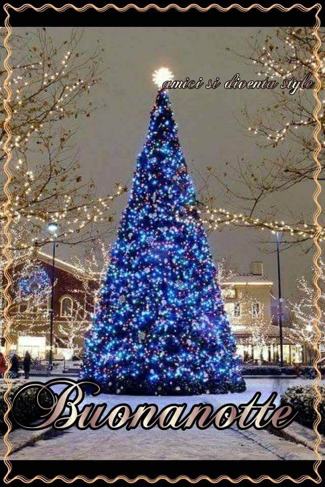 Visualizza altre idee su luci di natale, esterno, natale. Pin Di Barbara Di Luca Su Buona Notte Natale All Aperto Idee Per L Albero Di Natale Amore Natale