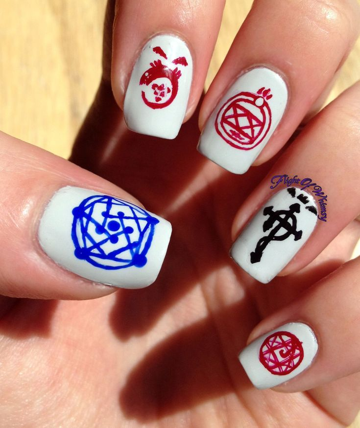 Let's see...We have the human transmutation array on the thumb, the ouro boros on the index finger, Roy's glove on the middle, the alchemist's crest on the ring, and Al's blood seal on the pinky?  Uhhh...YES PLEASE! :D
