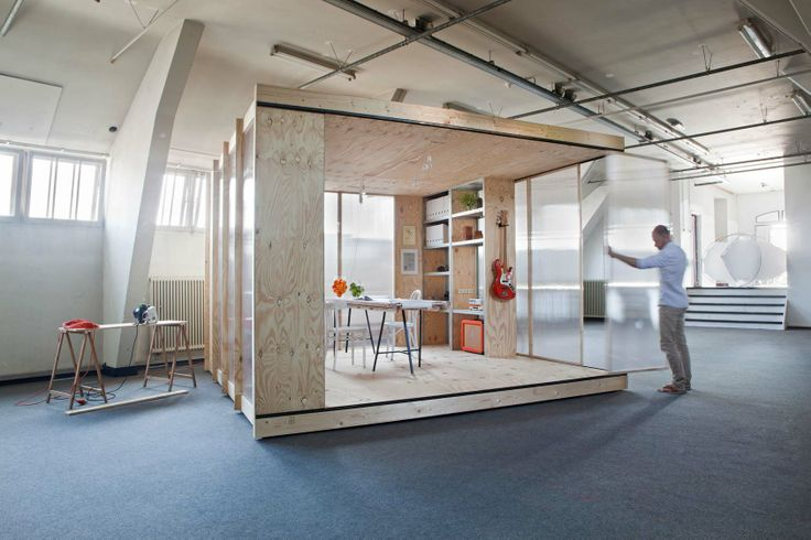 A flexible and easy to build office space for the reoccupation of vacant buildings. By Atelier to the Bone. http://www.spaceshuffler.com/wp-content/uploads/2014/02/MG_5XXXDefinitief.jpg