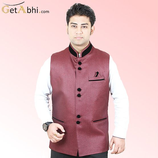 This Maroon Color Modi Jacket is manufactured on Jute fabric. We present this first class style to you in men's wear collection.