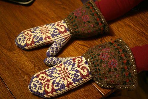 Ravelry: magicneedles' Sarah's Mittens