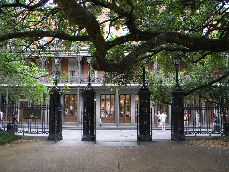 The Gates to Jackson Square are a short walk from Pirates Alley. The St. Peter St gates can also be used for small weddings