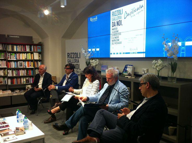 Libreria Rizzoli con gli scrittori della Basilicata Gaetano Cappelli, Giuseppe Lupo, Raffaele Nigro e con  Simona Tedesco e Gianpiero Perri