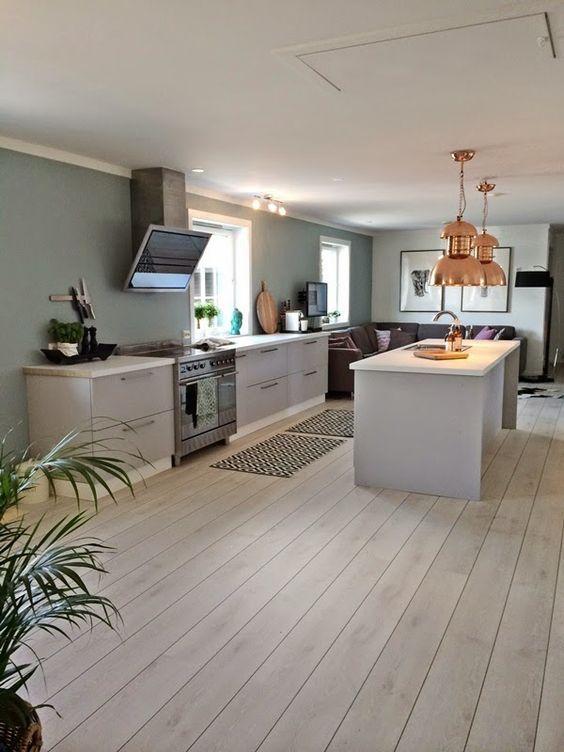 Interiørdesign: Stue/kontor og kjøkken - Før og etter