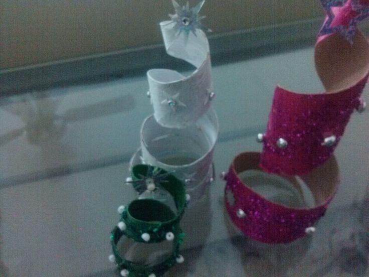 DIY Adorno para pinito de navidad/ Christmas ornament tree from toilet p...