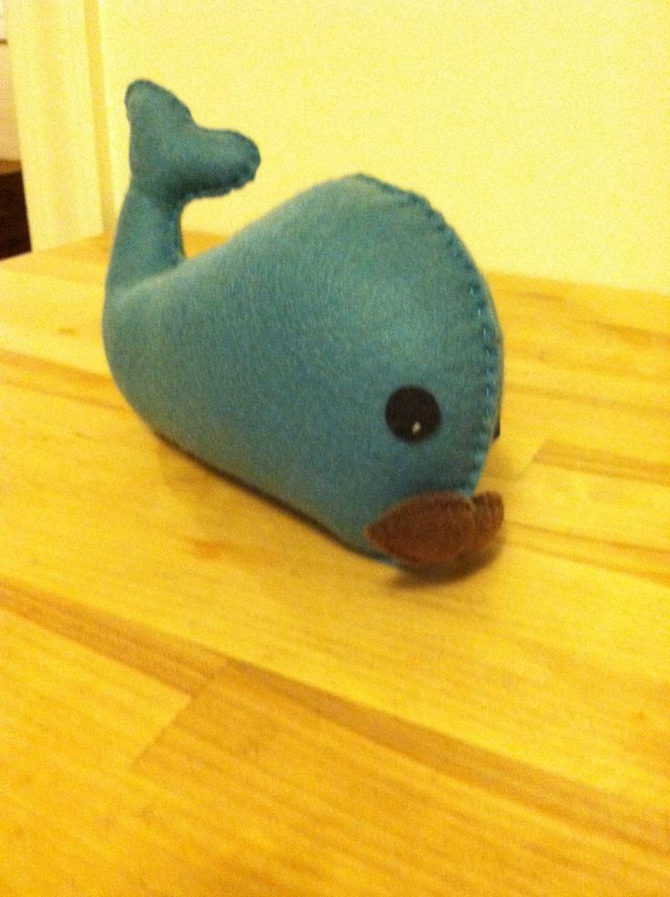Whale felt plushie balooga