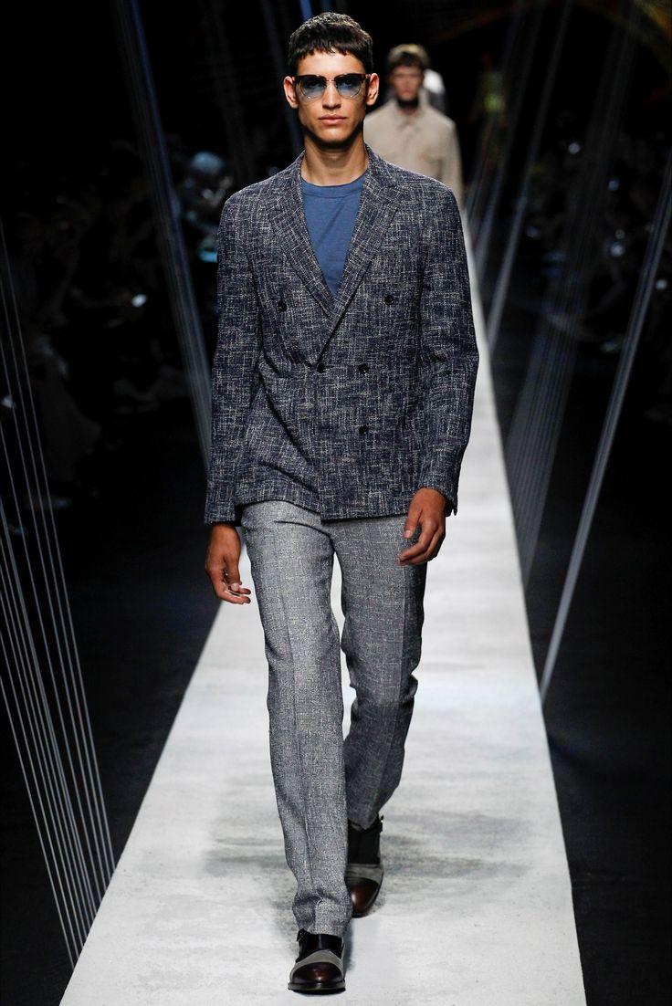 Sfilata Moda Uomo Canali Milano - Primavera Estate 2017 - Vogue