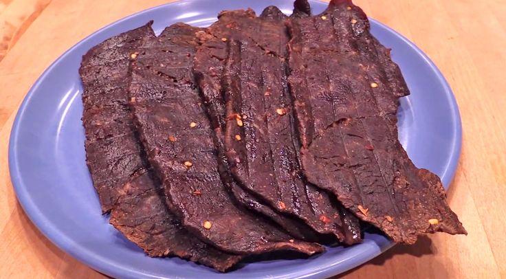 DIY: Easy & Flavorful Homemade Beef Jerky (WATCH)