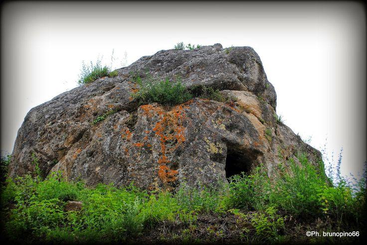 Il Blog di Bruno Pino: Archeologia. Quella cella eremitica di #AielloCala...