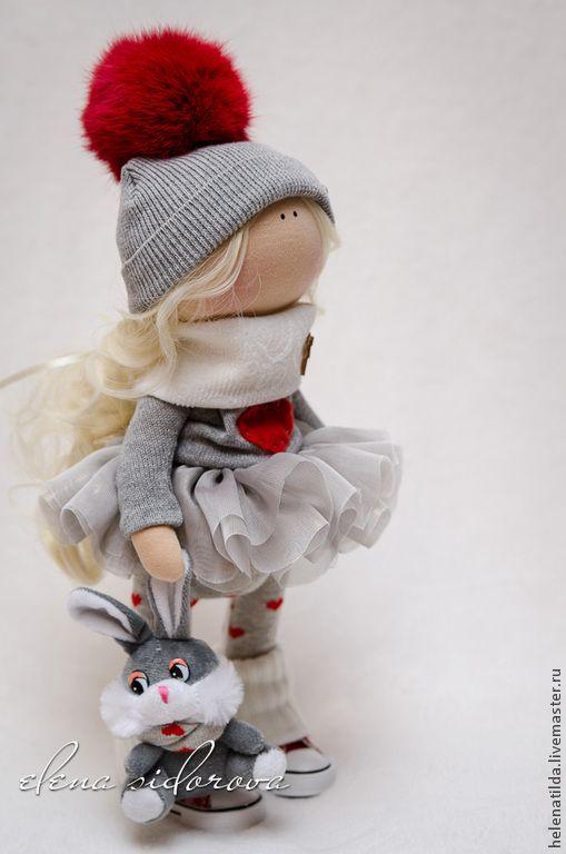 Купить Gerda - ярко-красный, серый, кукла, малышка, девочка, зимняя девочка, коллекционная кукла ♡