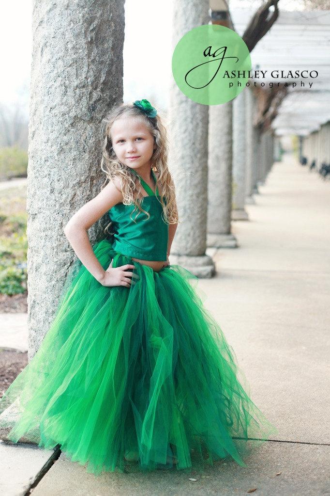 Emerald Green Dress that looks so beautiful.