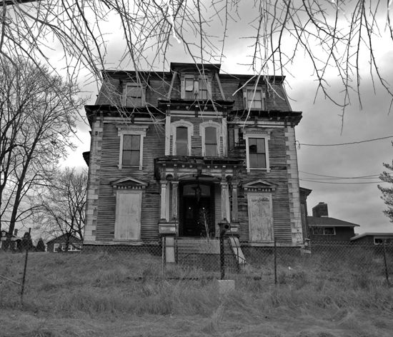 17 Best Images About Haunted Houses And Architecture On