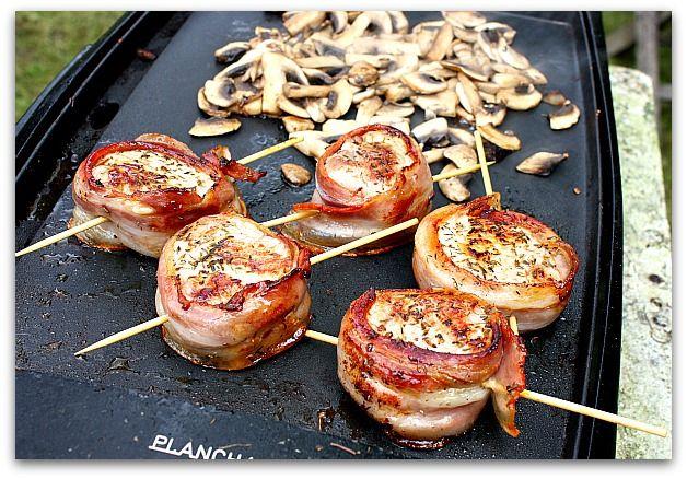 Un dimanche a la campagne: Viva la plancha : médaillons de porc en robe de ventrèche
