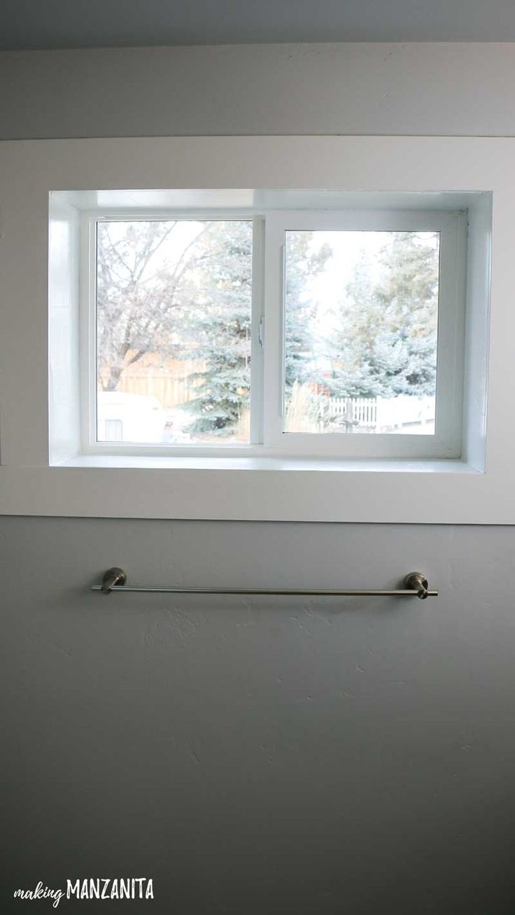 Best 25+ Frosted window ideas on Pinterest | Bathroom ...
