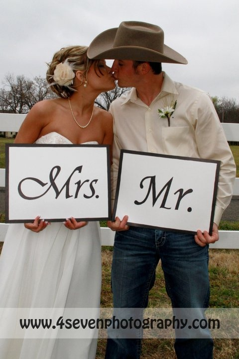 Mr. and Mrs.... cowboy hat and all. oh lawd.