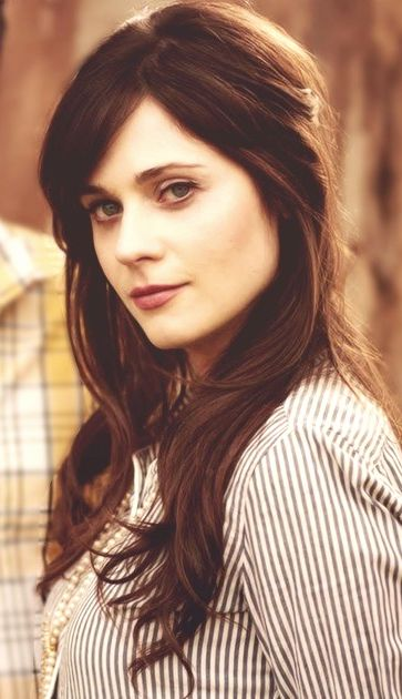 hairpop hair pop hairpop.net #hairpop Zooey Deschanel . Sun, moon and rising in Capricorn.