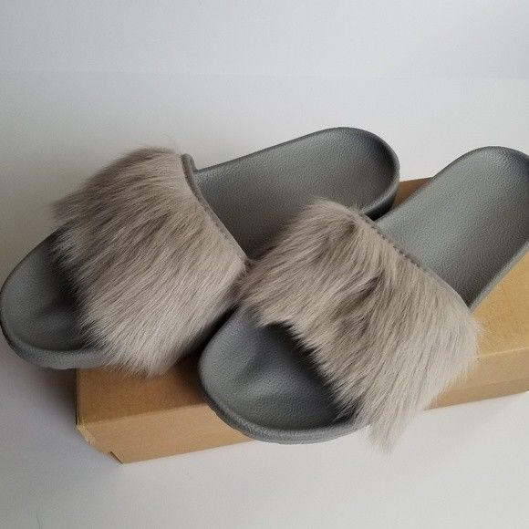 50196ea7804 Details about UGG Royale Seal Gray Slides Sandals Toscana Fur Women ...