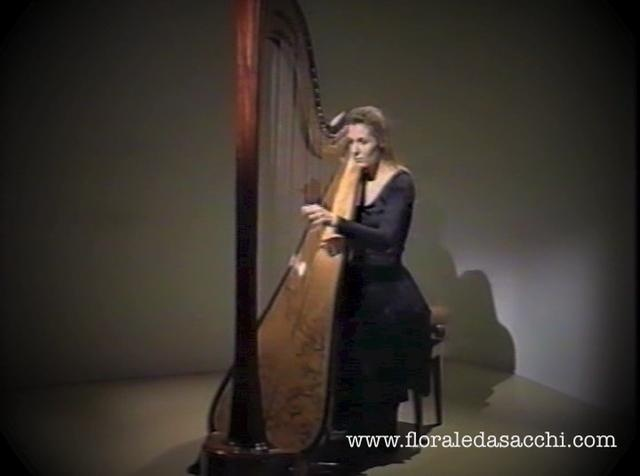 The blind Welsh Harpist John Parry composed 4 Sonatas/Lessons for the Harp for the traditional Welsh Harp. This Sonata in D is the No. 1 of the collection. Movements are: Allegro, Andante, Gavotta  www.floraledasacchi.com