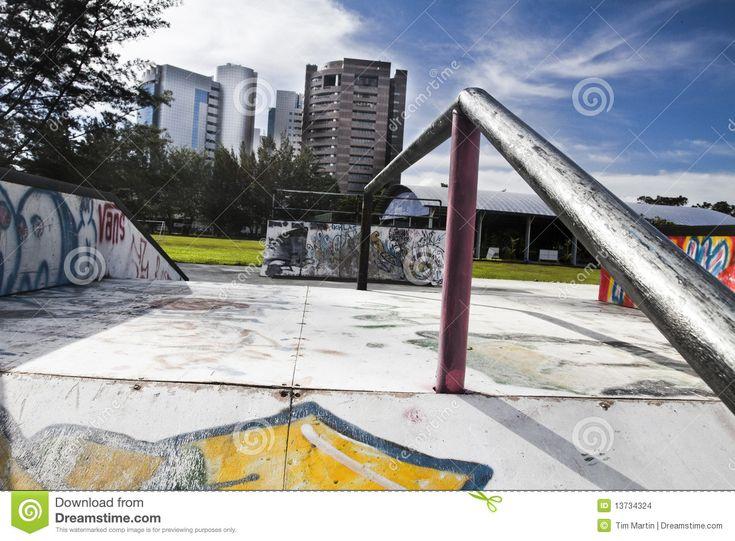 urban-skate-park-13734324.jpg (1300×957)