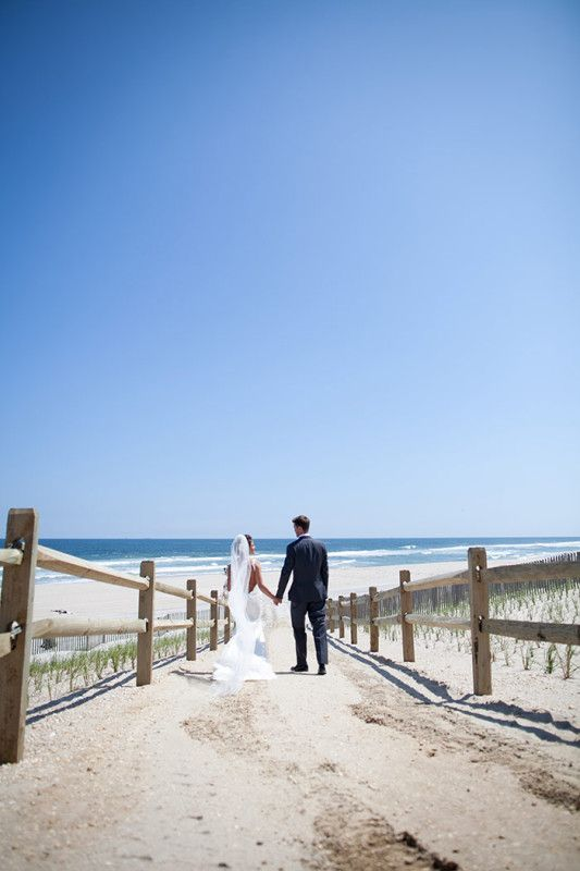 A Beautiful Beach Wedding On Long Island S Waterfront Weddings Pinterest Yacht Club And