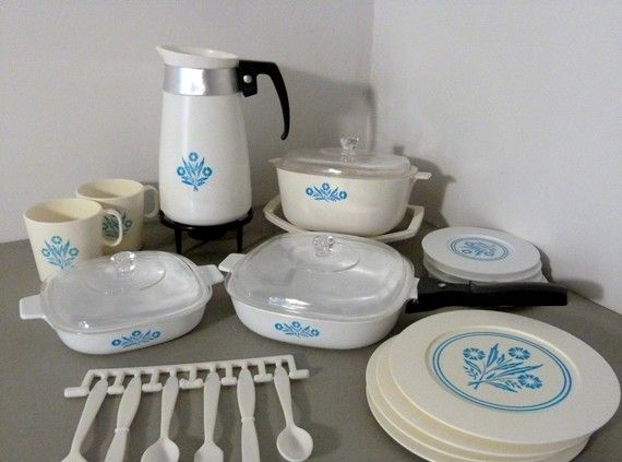 1970's Corning Ware Set - play dishes!