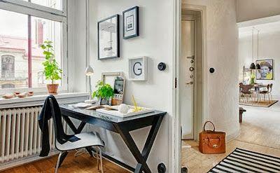 Furniture yang ditempatkan dalam apartmen sebaiknya memprioritaskan hal yang penting terlebih dahulu seperti alat masak, kulkas, tempat tidur, sofa, meja, serta rak sepatu agar apartment yang ditinggali efektif untuk ditinggali sehari-hari.