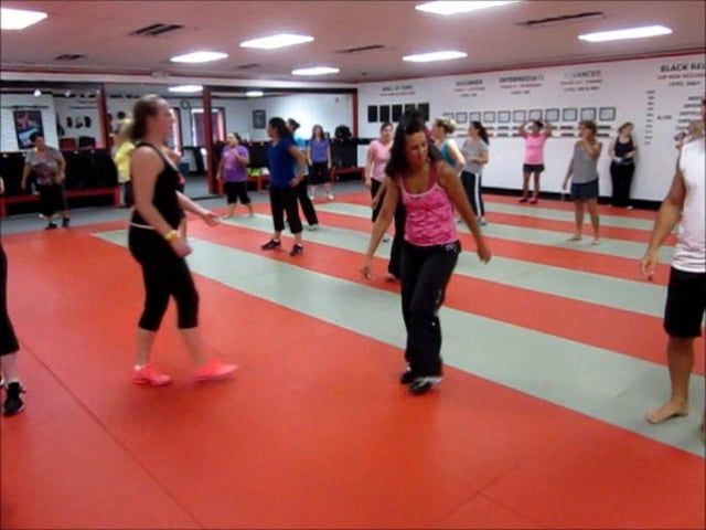 "Kardio Kim Johnson - ""Pegate Mas"" - Dance Fitness"