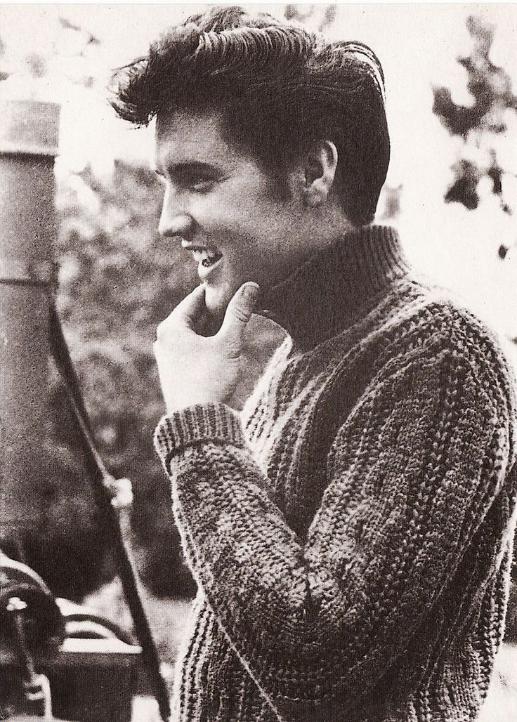 The King, Elvis Presley. I was going to marry him when I was little, then I found out he was already gone :( broke my poor little girl heart.