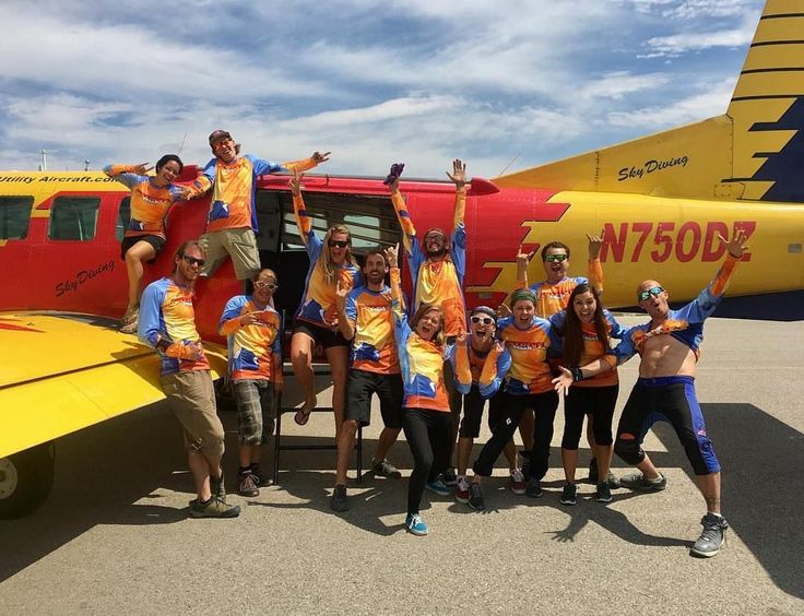 Team bonding @skydiveMoab #ourdifferenceisourcustomers  #customskydivingjerseys