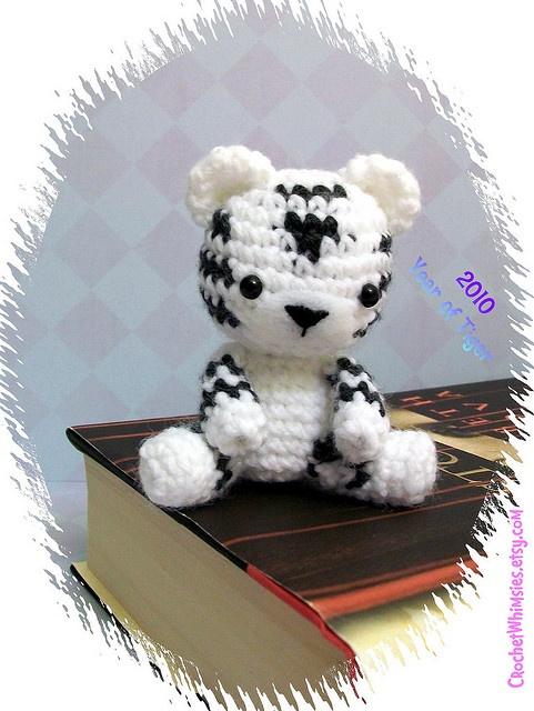 White Tiger Crochet Pattern Free : 92 best images about Amigurumi - Lions, tigers on ...