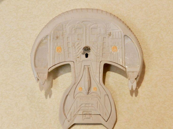 Vintage Unpainted Model of a Star Trek Spaceship