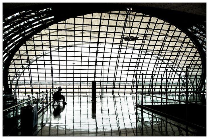 Architecture and Graphism - Suvarnabhumi Airport, Bangkok