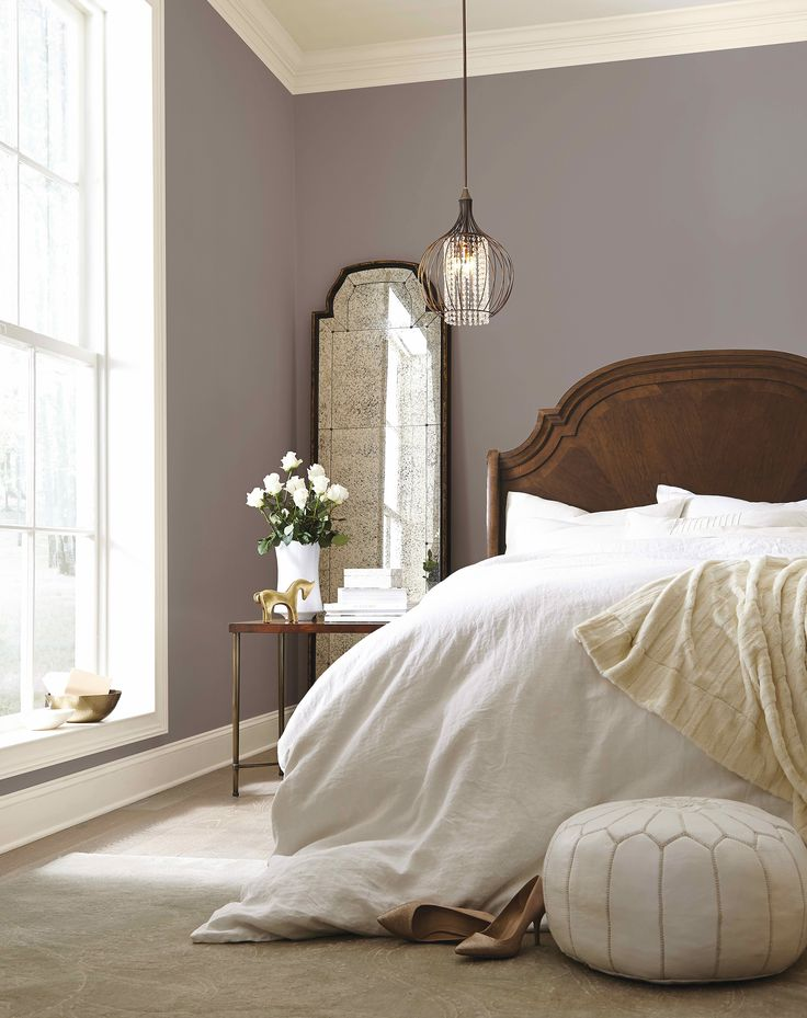 25 best ideas about comfy bed on pinterest grey fur throw fluffy comforter and white bedding for Chambre beige et blanche